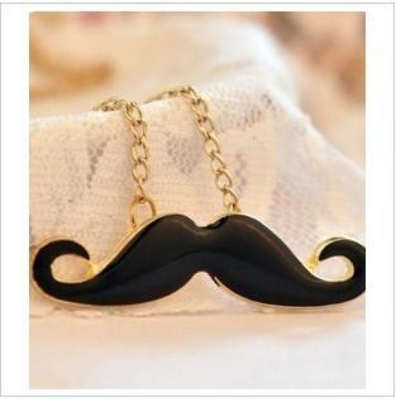 colar-mustache_1343190690918_BIG