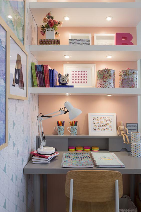 cantinho-estudos-mesa-escrivaninha