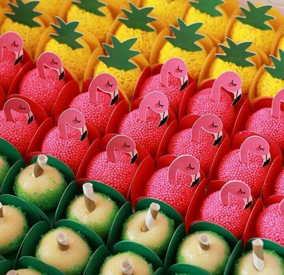 docinhos para festa tropical