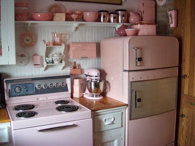 cozinha com detalhes rosa