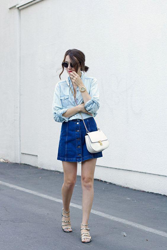Saia jeans com botões na frente (frontal)