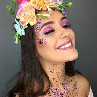 15 ideias de maquiagem com glitter para o carnaval 2020