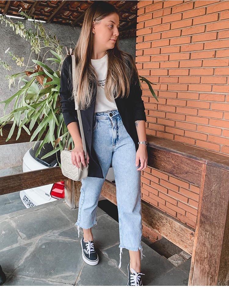look-mom-jenas-blazer-tênis-moda-fashion