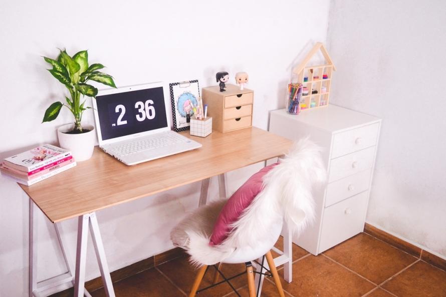 reforma-na-mesa-de-vidro-do-home-office-5